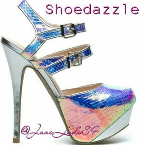 Shoedazzle Queenie Iridescent Platform 8